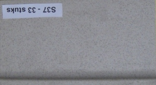 Plinttegels, grijs, Maat 8 x 14,5 cm. - s37